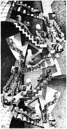 Le scale, le strutture e le architetture in apparenza semplici ti catturano lo sguardo per miglia e miglia facendoti perdere la concezione dell'equilibrio