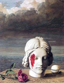Così come il surreale di Magritte sfugge all'occhio distratto, allo stesso modo nella vita di tutti i giorni