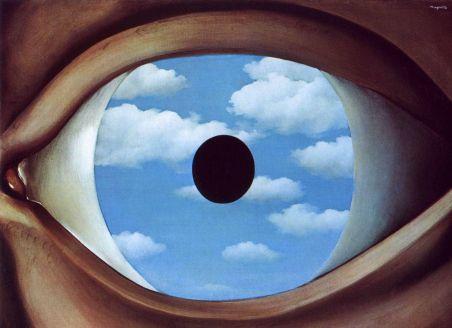 un'arte che, prima di voler apparire, vuol farsi sentire attraverso un messaggio che era dormiente dentro di noi e che ora d'un tratto si è risvegliato.
