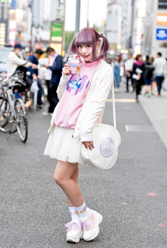 5.1 l'horror di shintaro kago si veste da tendenza, da harajuku girl, da bambina lolita